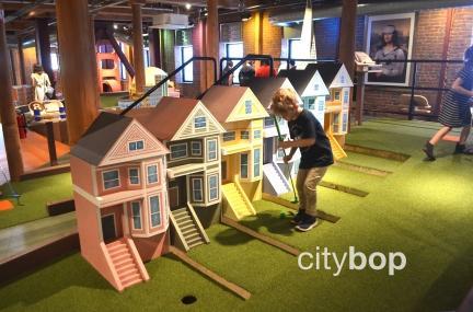 Subpar mini golf